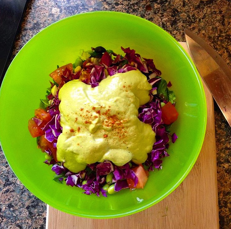 Avo dressing salad